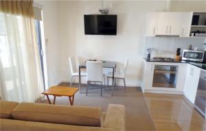 Apartments Dromana kitchen