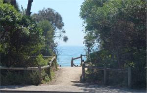 dromana beach getaway beach views